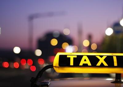 Rollstuhl-Taxis und Fahrdienste in Mannheim